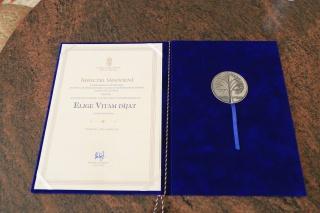 ELIGE VITAM díj Bereczki Sándornénak