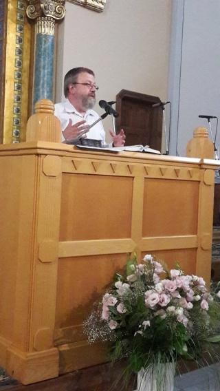 Szénási Jonathán Sándor szolgálata a Mindenki Templomában