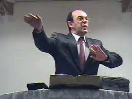Ifj. Zimányi József szolgálata a Mindenki Templomában