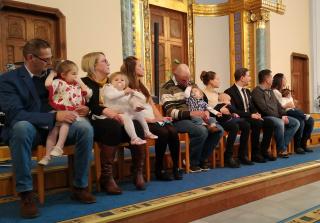 Gyermekbemutató a Mindenki Templomában